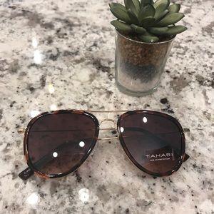 [Tahari] Tortoise Aviator Sunglasses